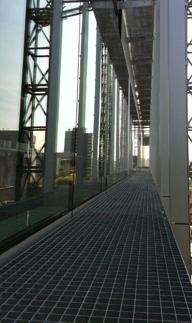 Instalación Fachada muro cortina IMAGEN 1  EN PANEL 1