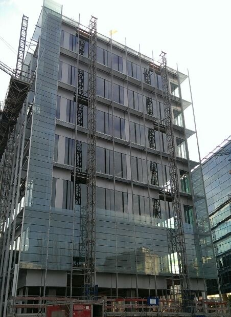 Instalación Fachada muro cortina IMAGEN 1 EN PANEL 2