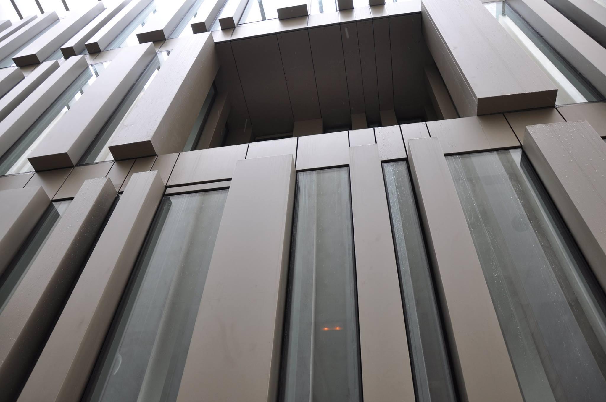 Fachada muro cortina modular paneles aluminio centro-recepcion-turistas-burgos-08