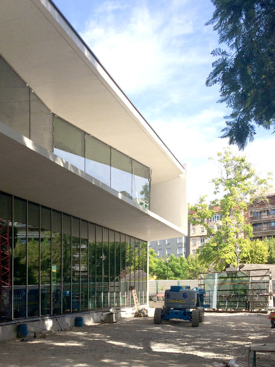 biblioteca-de-cordoba_riventi_02 Fachada Muro Cortina