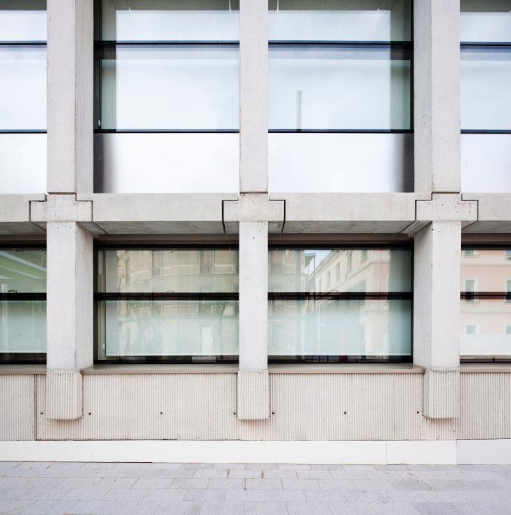 Fachada-fundacion-pasqual-maragall-muro-cortina-riventi (2)