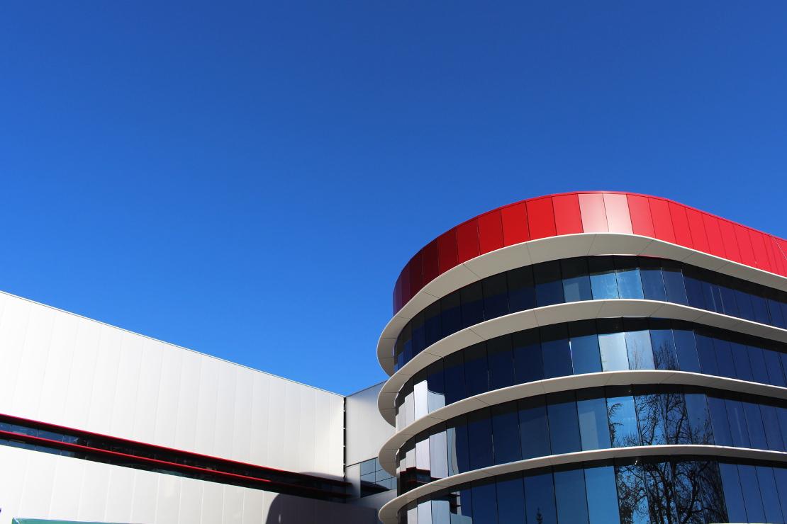 Fachada-oficinas-campofrio-Burgos_Riventi_muro-cortina-brise-soleil (2)