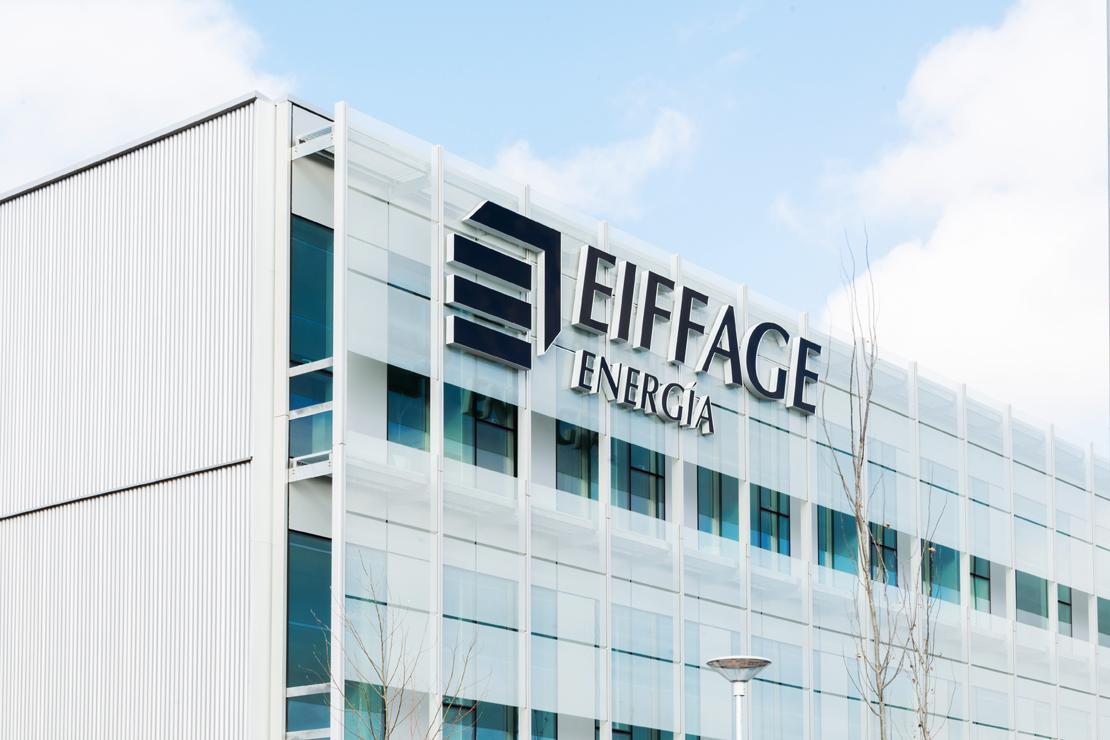 Fachada-oficinas-eiffage-energía-doble-piel-riventi-muro-cortina (7)
