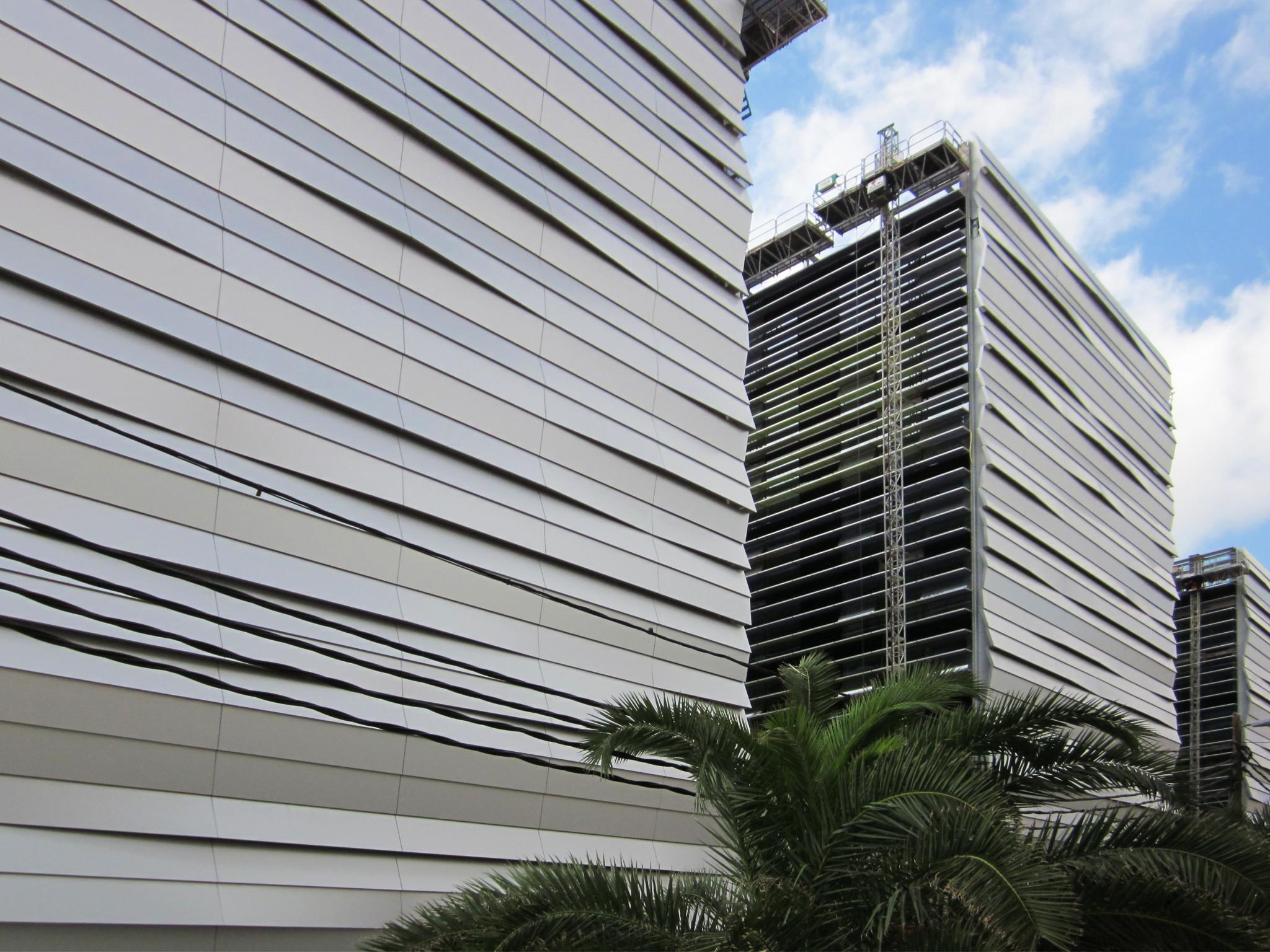Fachada_lamas_Ciudad Judicial de Las Palmas Riventi (12)