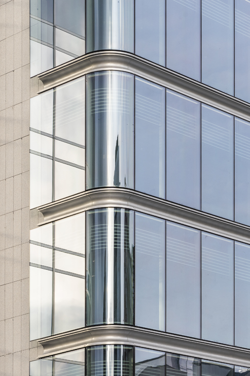 R-203_Generali_fachada Riventi_doble curvatura_04_