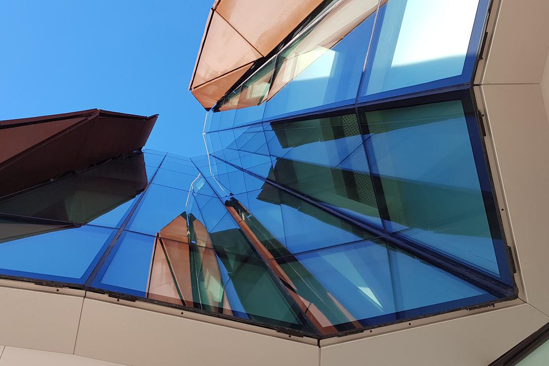 fachada-casa-cultura-Romo-Kultur Etxea_muro-cortina-riventi-Pic_Aitor Elorduy (4)