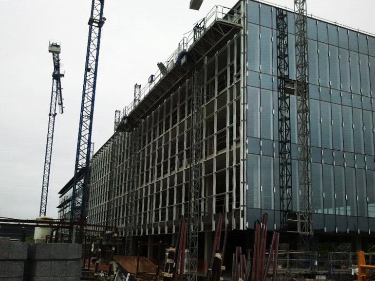 fachada-doble-piel-deploye-sede-parque-cientifico-upv-muro-cortina-riventi_obra (1)