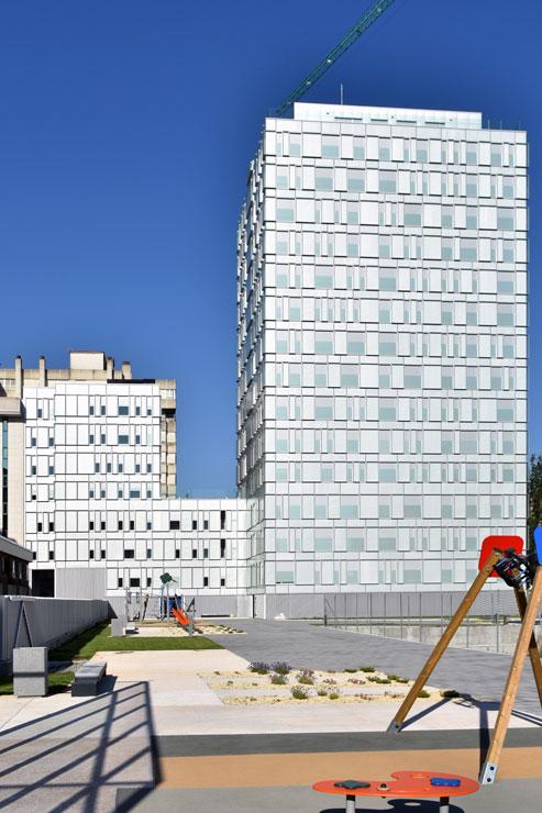 fachada-muro-cortina-cajas-vidrio-impreso-viviendas-torres-castilla-burgos-riventi (15)