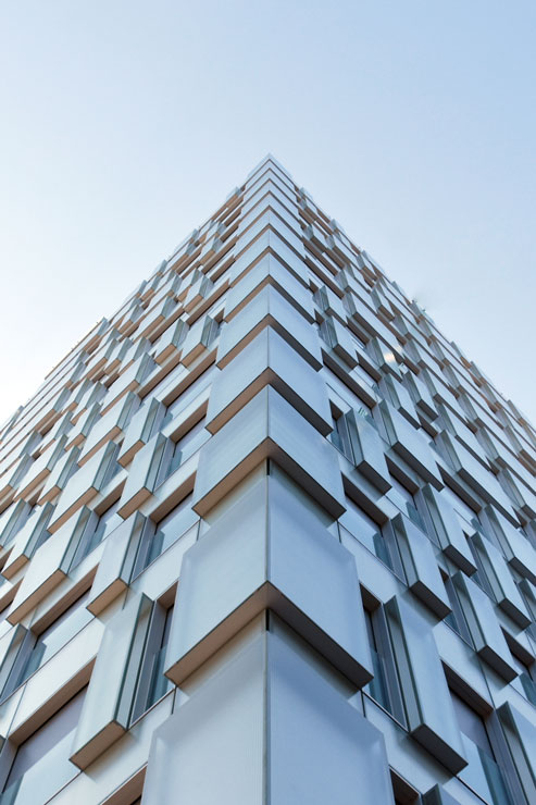 fachada-muro-cortina-cajas-vidrio-impreso-viviendas-torres-castilla-burgos-riventi (20)