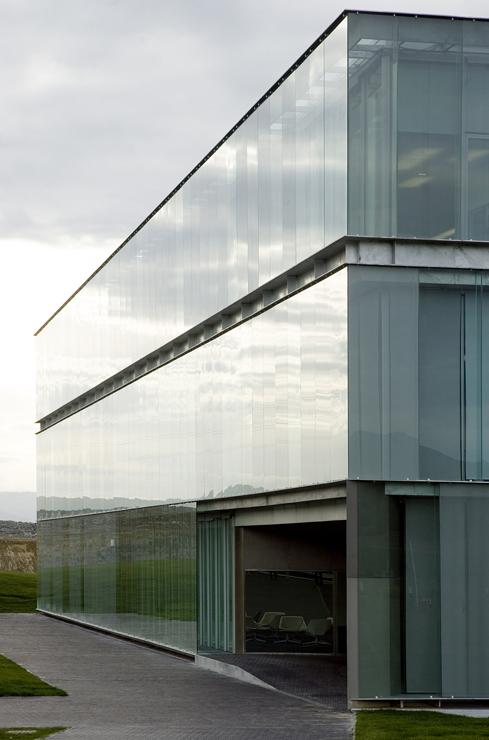 muro-cortina-fachada-Riventi-gamesa-eolica (1)
