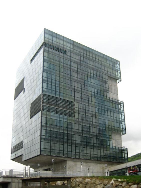 muro-cortina-sede-portuaria-bilbao-doble-piel-fachada-riventi (9)