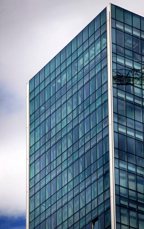 torres-isozaki-atea-muro-cortina-modular-fachada-riventi (8)