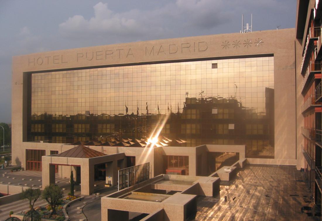 Hotel Puerta Madrid Riventi 02