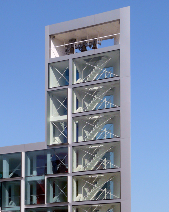 iglesia-miribilla-fachada-riventi-muro-cortina-modular (2)