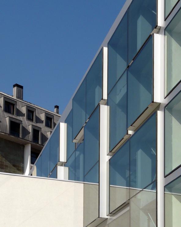 iglesia-miribilla-fachada-riventi-muro-cortina-modular (3)