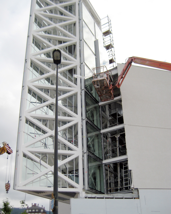 iglesia-miribilla-fachada-riventi-muro-cortina-modular (6)