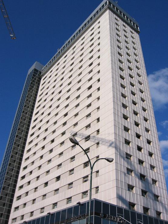 Edificio-duque-lerma-muro-cortina-mirador-riventi (2)