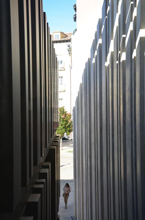 Fachada-muro-cortina-modular-citur-burgos-riventi (5)