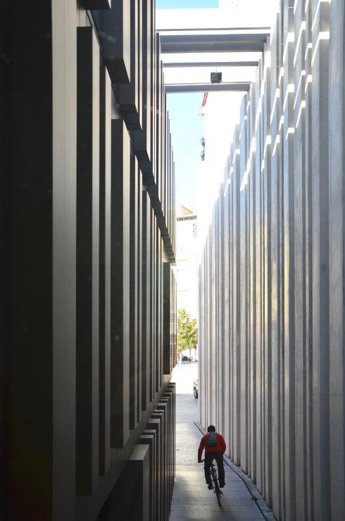 Fachada-muro-cortina-modular-citur-burgos-riventi (8)
