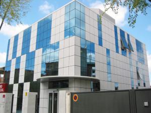 Fremap-Oficinas-Madrid-Riventi-muro-cortina-fachada-ventilada-piedra 03