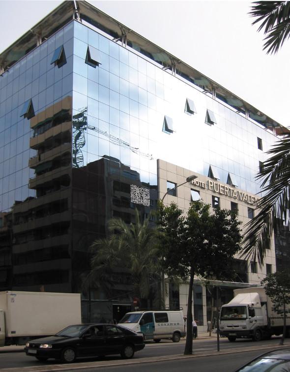 Hotel Puerta Valencia Riventi 02