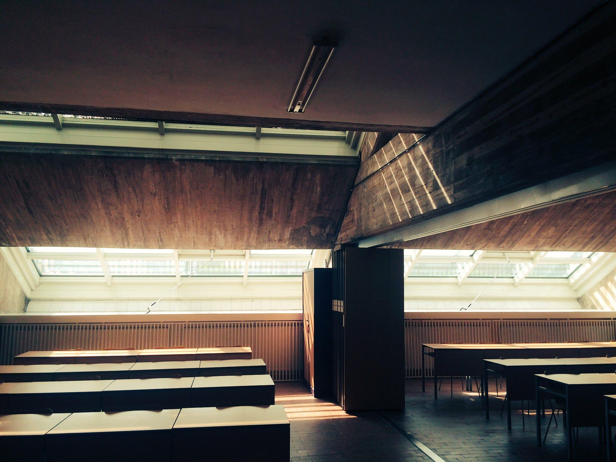Rehabilitación de Fachada inclinada  muro cortina del PPO Burgos
