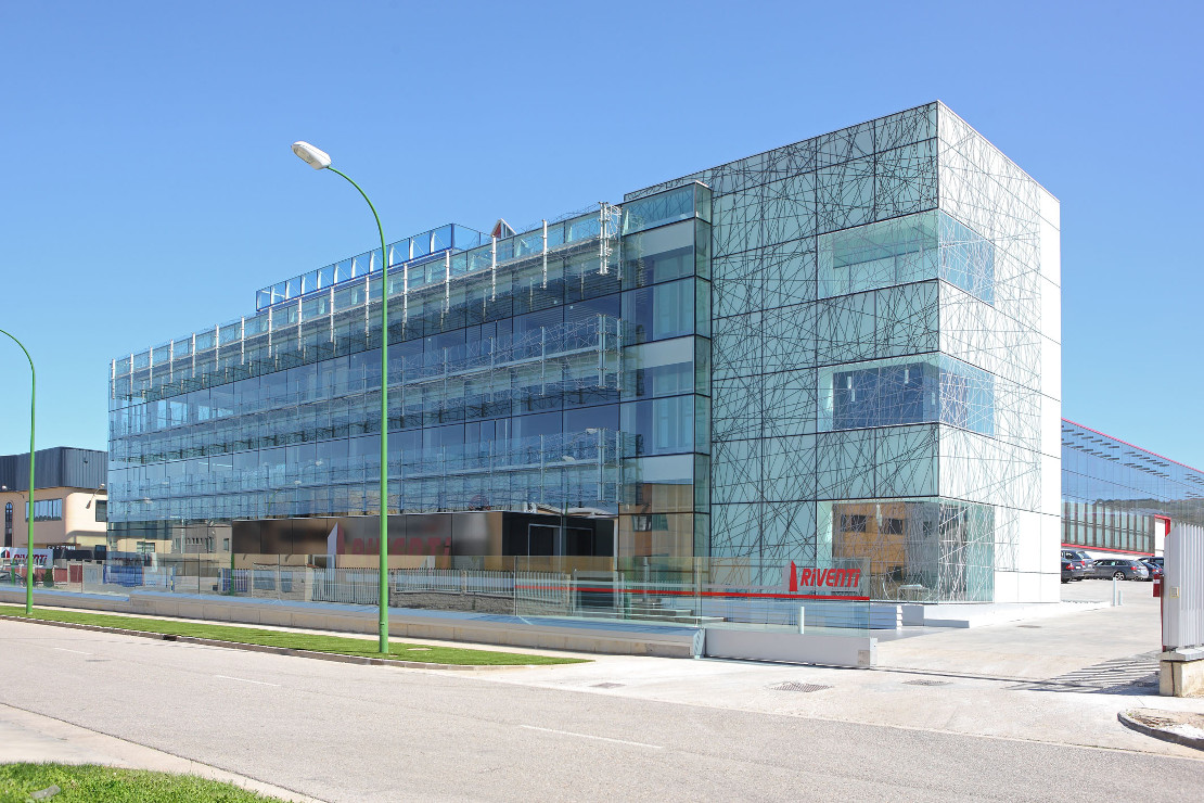 Proyectos riventi for Santander oficinas valencia