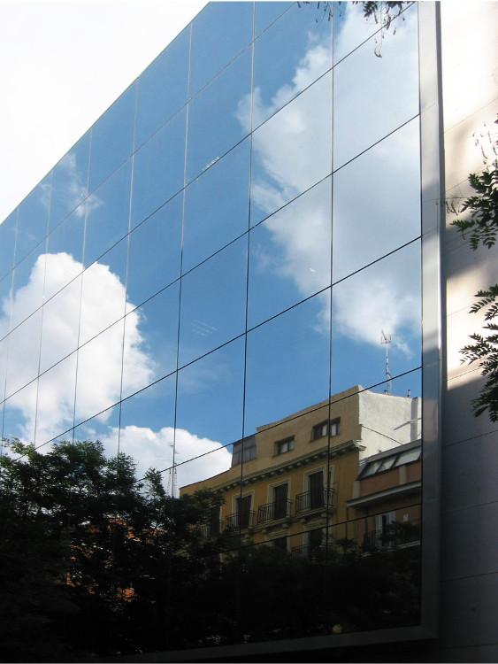 Fachada muro cortina Telefónica Dictel Riventi Madrid02