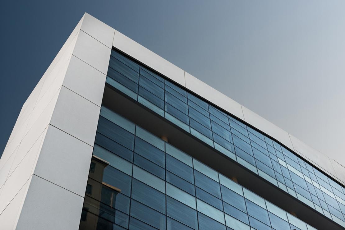 muro-cortia-TGSS-valladolid-lucernario-suspendido-fachada-riventi (15)