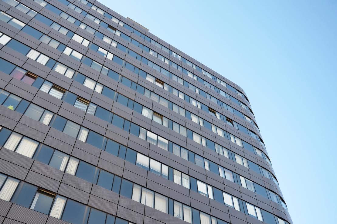 puerta-europa-viviendas-burgos-riventi-fachada-muro-cortina-modular (4)