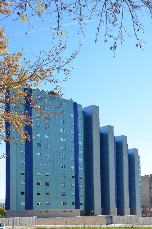 viviendas-Casa-Cuartel-Burgos-Riventi-fachada-ventilada-muro-cortina_modular (6)