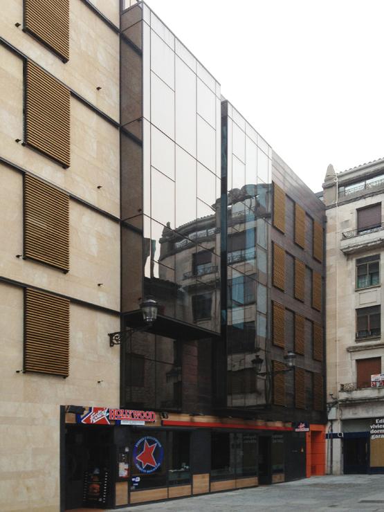 viviendas-muro-cortina-burgos-riventi